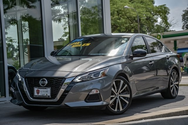 Pre-Owned 2020 Nissan Altima 2.5 SR