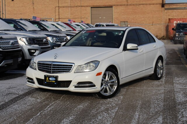 Pre-Owned 2014 Mercedes-Benz C 300